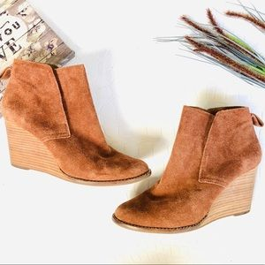 "Lucky Brand ""Yoniana"" Brown Suede Wedge Booties"
